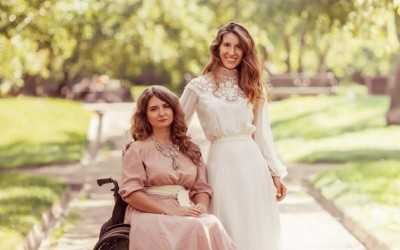 «Иди за мечтой»: крылатые девушки на инвалидных колясках