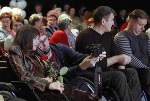 В декабре прошлого года Татьяна Слиж принимала участие в первом в Псковской области фестивале инвалидов-колясочников «Мой звездный час»