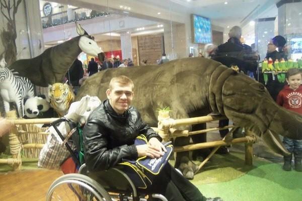 Женщина засудила инвалида за «причинение страданий» коляской