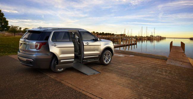 Внедорожник Ford Explorer стал автомобилем для инвалидов-колясочников