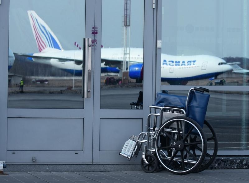 Упрощены правила авиаперевозок пассажиров из числа инвалидов