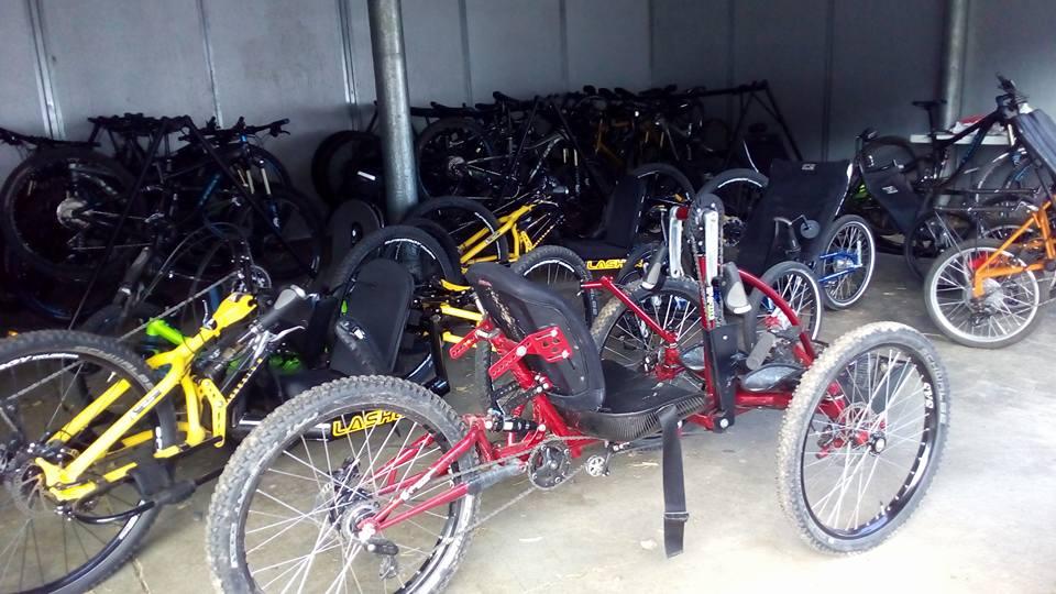 Уникальная коллекция велосипедов! Их здесь более 150 для людей с любыми видами инвалидности.