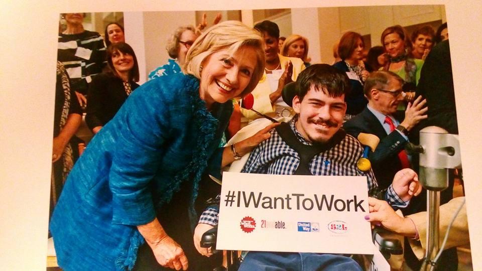 После колледжа Марк хочет устроиться на работу. Также как все. На наших многочисленных встречах и лекциях мы часто встречали людей на инвалидных колясках, которые работают юристами, учителями, инженерами. Так что и эта мечта Марка осуществима! Тем более у него есть поддержка Хиллари!