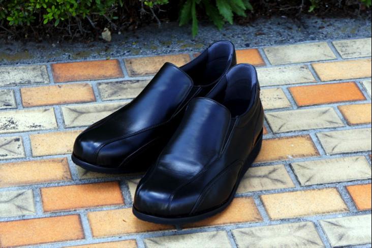 Обувь компании Wish Hills