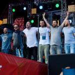 Гиги Дедаламазишвили и зрители фестиваля НАШЕСТВИЕ1