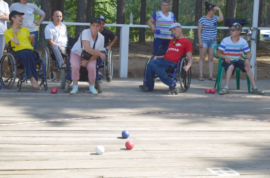 Общественники из Удмуртии для людей на колясках провели всероссийский фестиваль по бочча