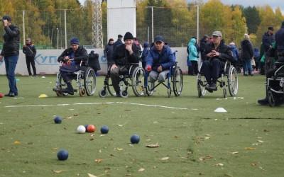 В рамках реализации президентского гранта в парке Кирова прошел Фестиваль инвалидов